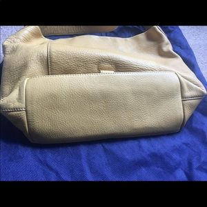 Dooney & Bourke Bags - Dooney &Bourke medium loc sac